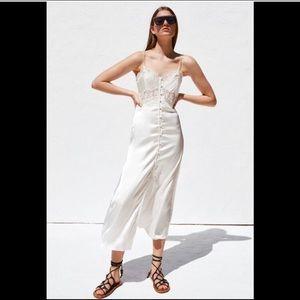 Zara Beautiful Satin/Lace Maxi